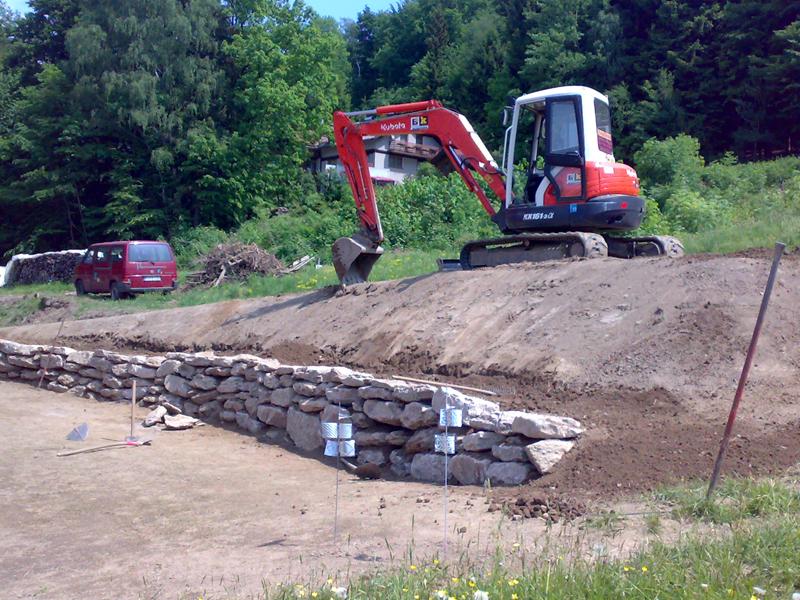 Wir erstellen Natursteinmauern