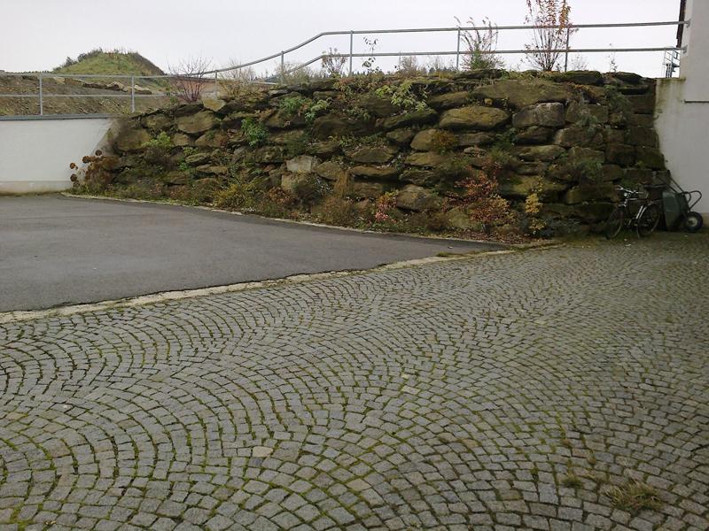 Natursteinmauer Deggendorf